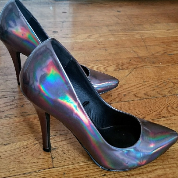 328f2f78c93 Forever 21 Shoes - Dark Holographic High heels